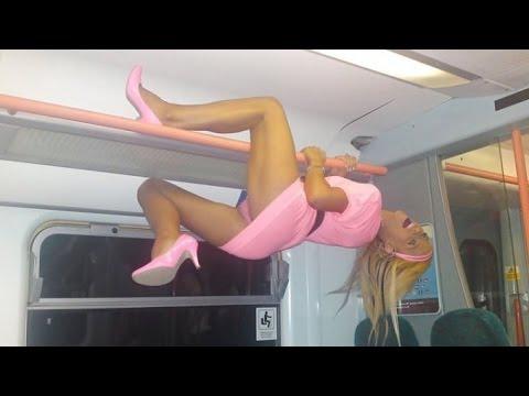 動画で面白画像!【面白画像】カオスすぎるアメリカの地下鉄利用客たち  電車の中はワンダーランド!?の面白画像