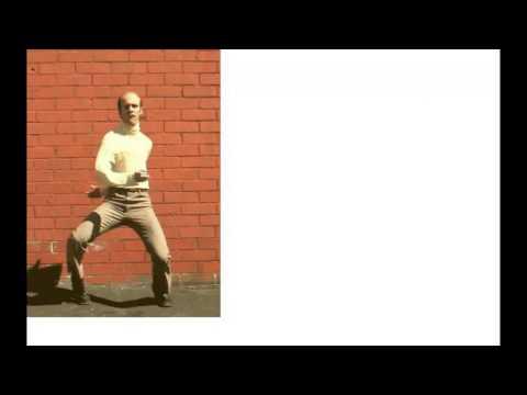 動画で面白画像!なぜ?見ているこっちが恥ずかしい・・・そんな『ダンス面白GIF画像』ですの面白画像