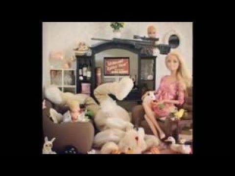 動画で面白画像!【おもしろ画像】かなり恐ろしくヤバいことになっていた‼おもちゃのバービー人形のありえない生活www【吹いたら 負け】 Aussie girls wear Japanese trの面白画像